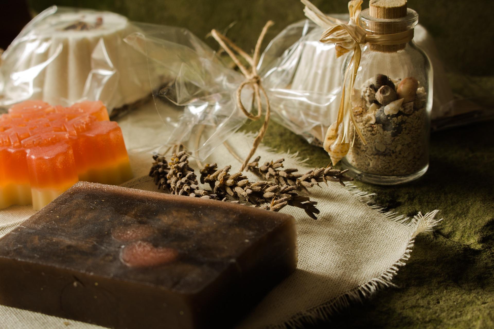 soap-3773185_1920
